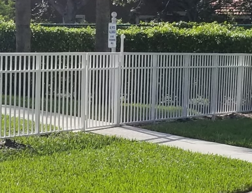 Keeping your Fencing clean in Miami Fl
